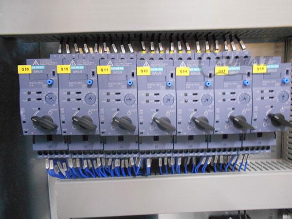 fabricantes cuadros electricos
