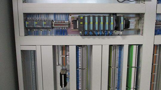 cuadro eléctrico de servidores